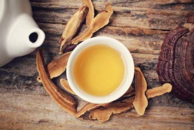 Dùng Linh chi làm nước uống hoặc pha trà